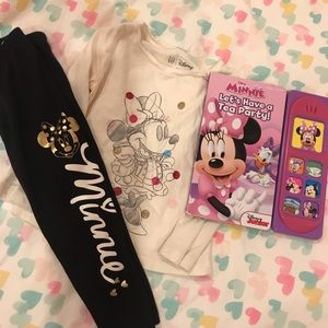 Minnie Mouse Outfit & Book